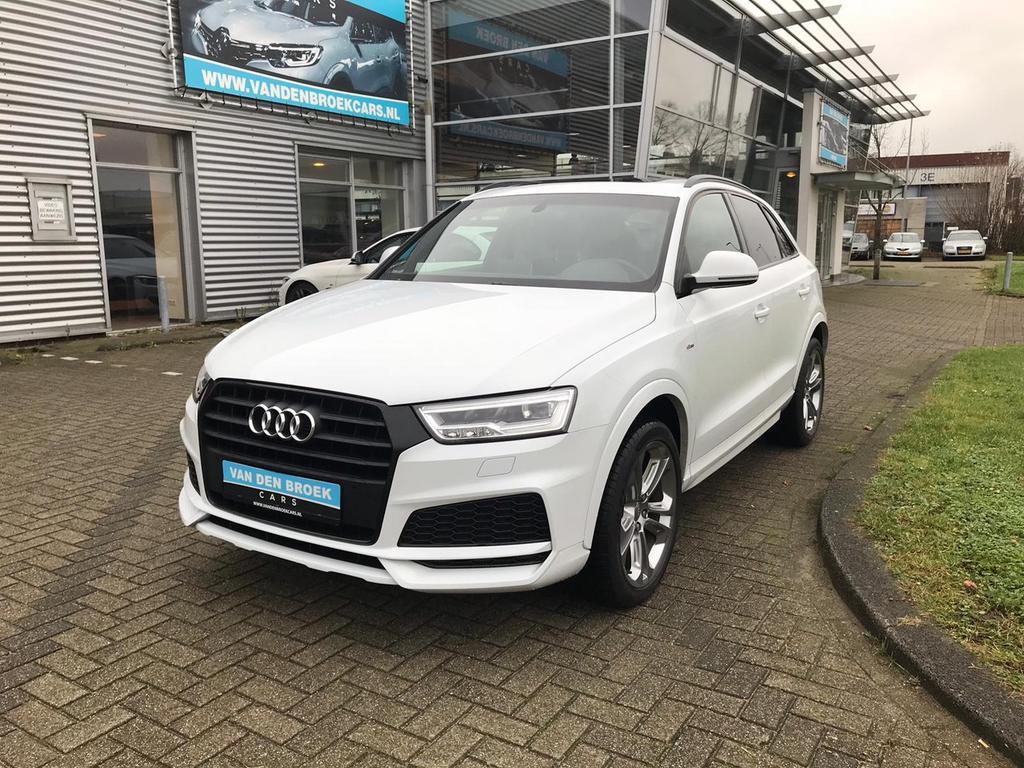 Audi Q3 1.4 tfsi cod sport s line edition navi / pano / camera / garantie tot 16-05-2019