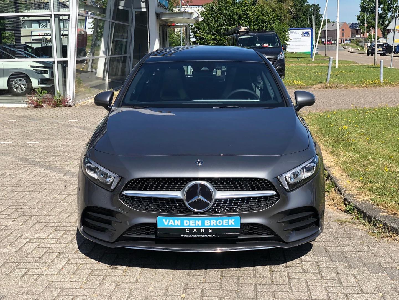 Mercedes-benz A-klasse 200 tijdelijk op afspraak geopend/proefrit aan huis / amg / pano / navi
