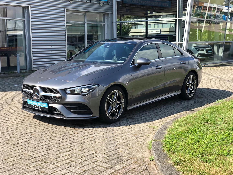 Mercedes-benz Cla-klasse 200 amg / pano / ambient / keyless,mirror,parking,seat,light package / volvolvol nieuw model