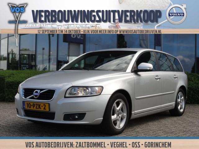 Volvo V50 D2 momentum