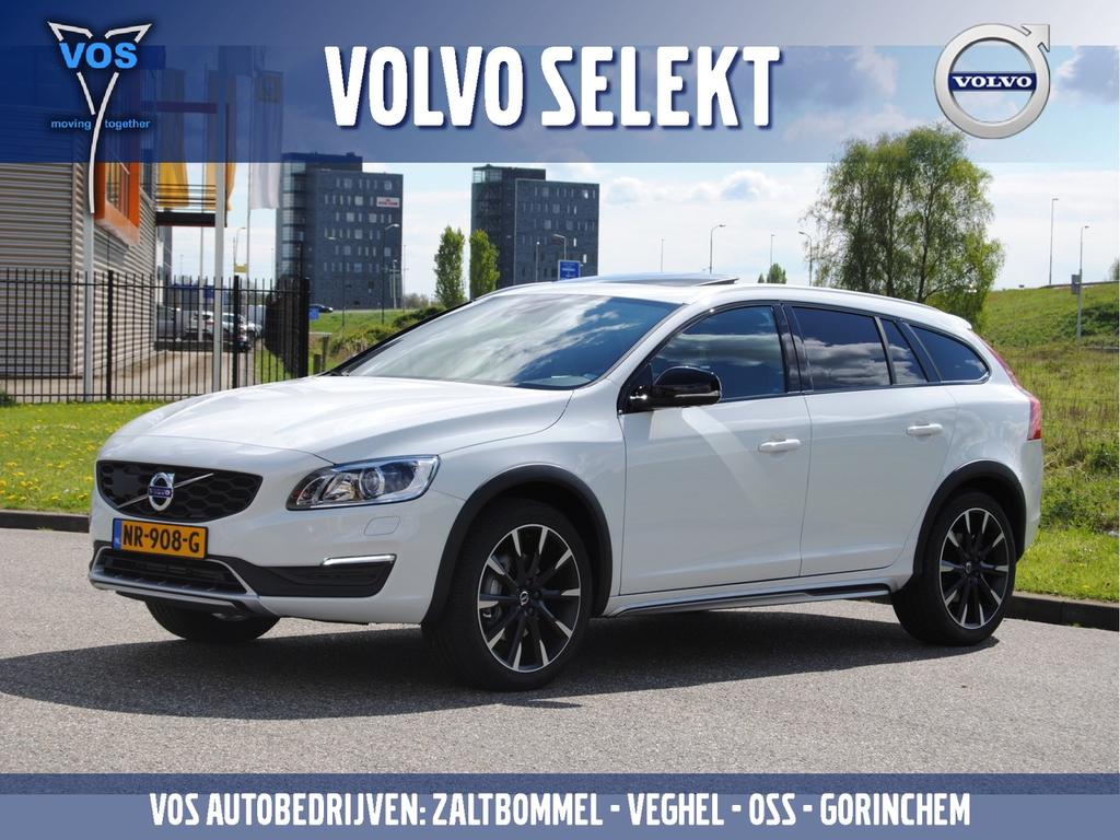 Volvo V60 cross country D4 geartronic nordic+