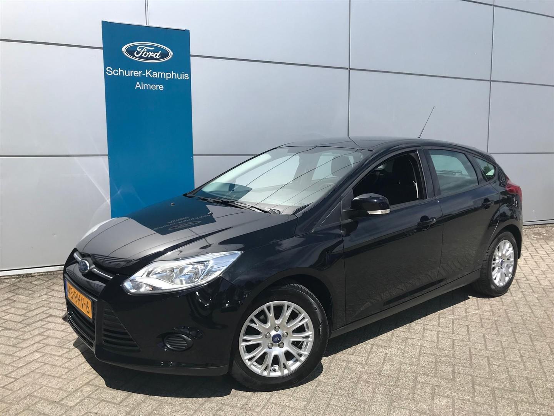 Ford Focus 1.6 105pk trend lm velgen voorruitverwarming