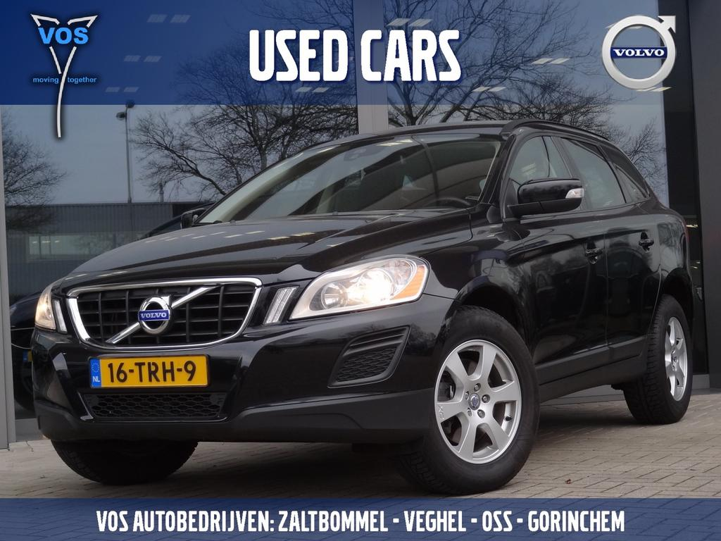 Volvo Xc60 2.0 d3 fwd kinetic .