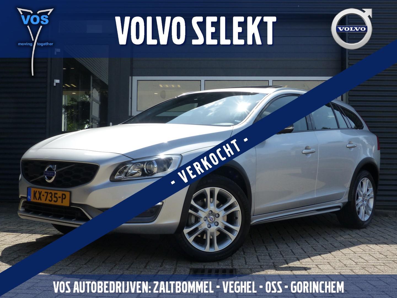 Volvo V60 cross country D4 aut-8 summum
