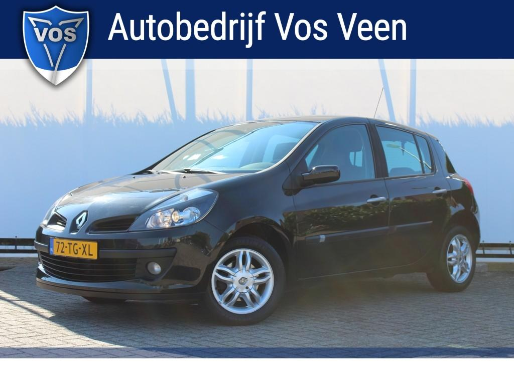 Renault Clio 1.4-16v exception