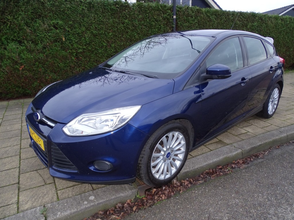 Ford Focus 1.0 ecoboost 100pk -165330 km - navi - pdc - airco - cruise