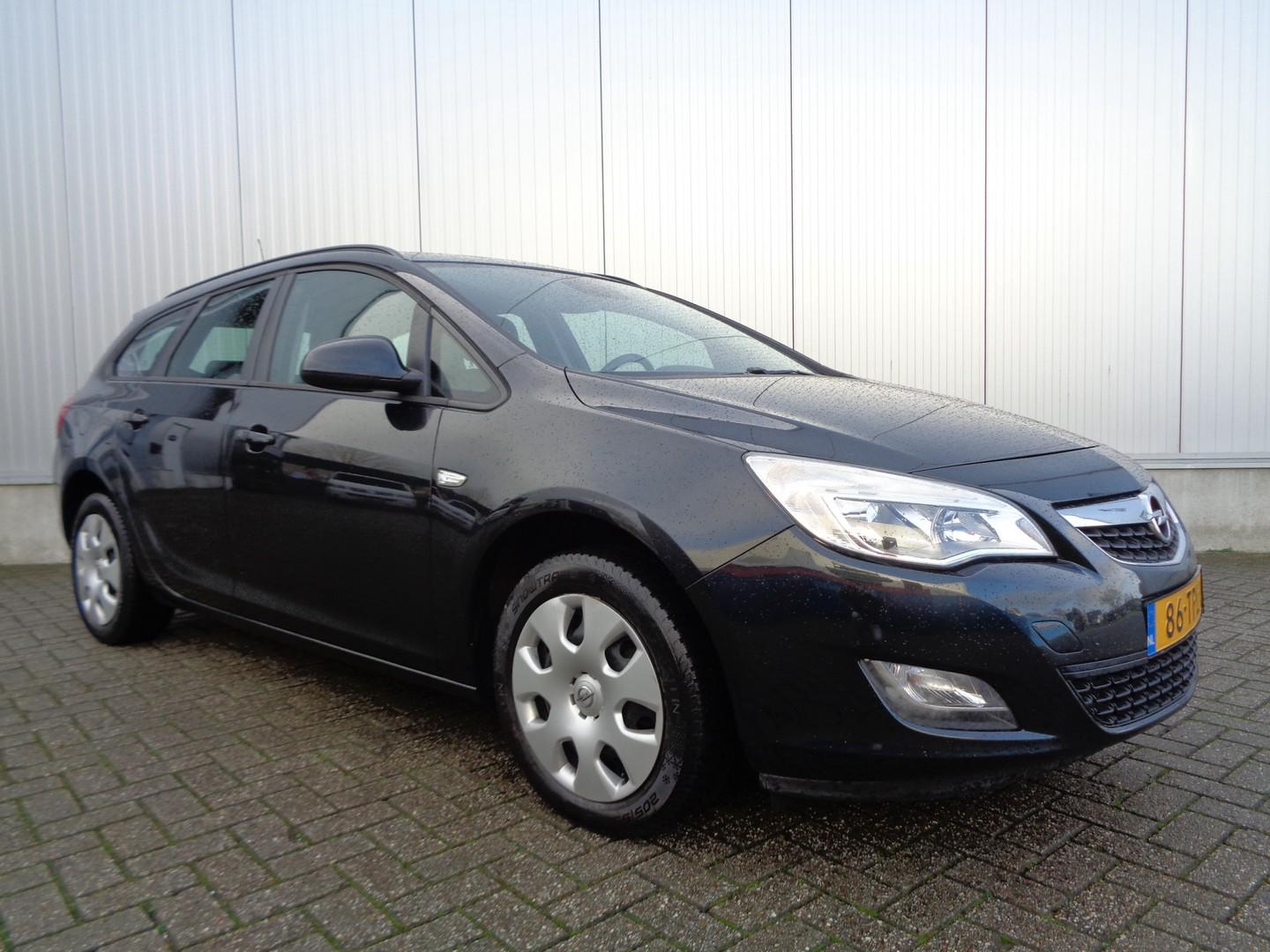 Opel Astra Sports tourer 1.4 business edition 101pk airco cruise