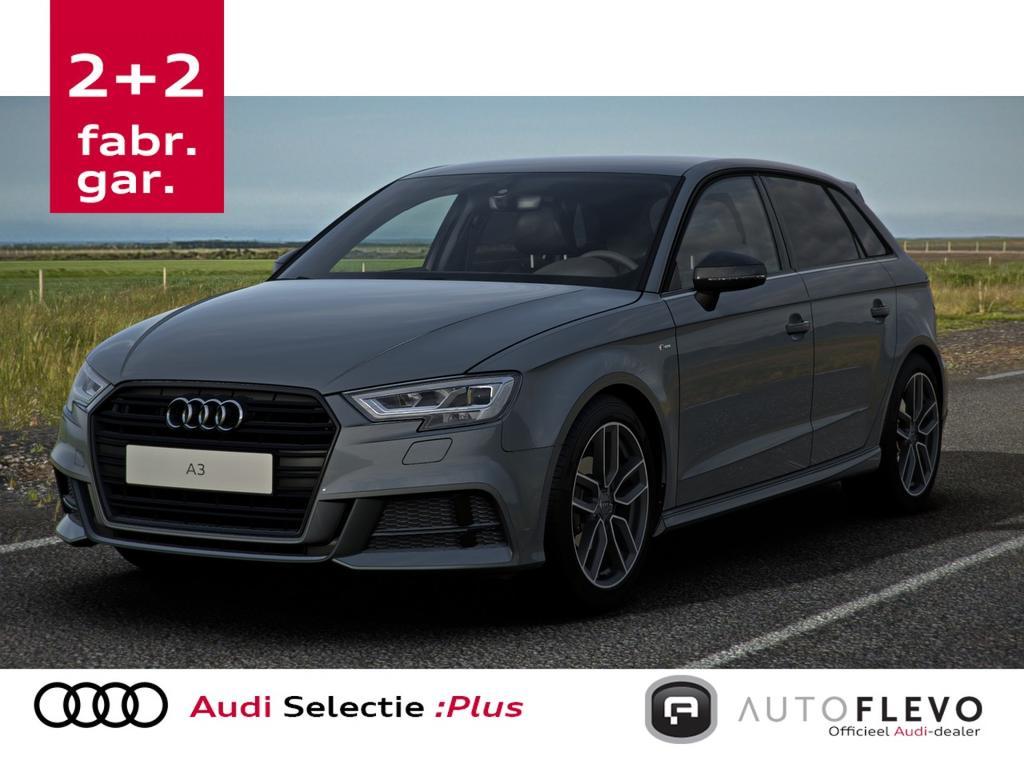 Audi A3 Sportback (35) 1.5tfsi 150pk aut. s-line black edition !