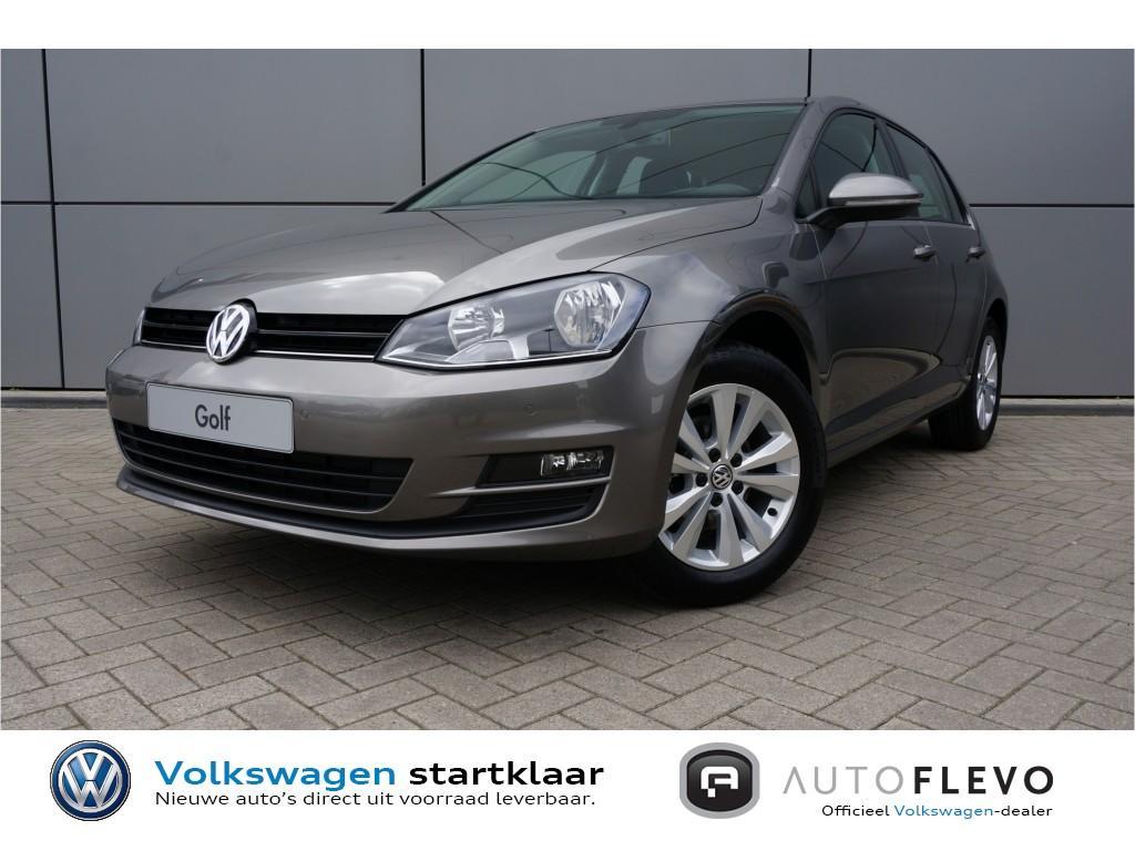 Volkswagen Golf Tsi 115pk connect 5.000,- voordeel camera/navi