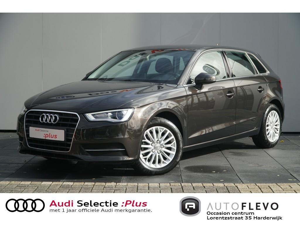 Audi A3 Sportback 1.6 tdi ambiente pro line plus/navi/trekh./pdc