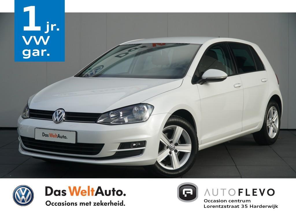 Volkswagen Golf 1.2 tsi highline navi/clima/trekh.