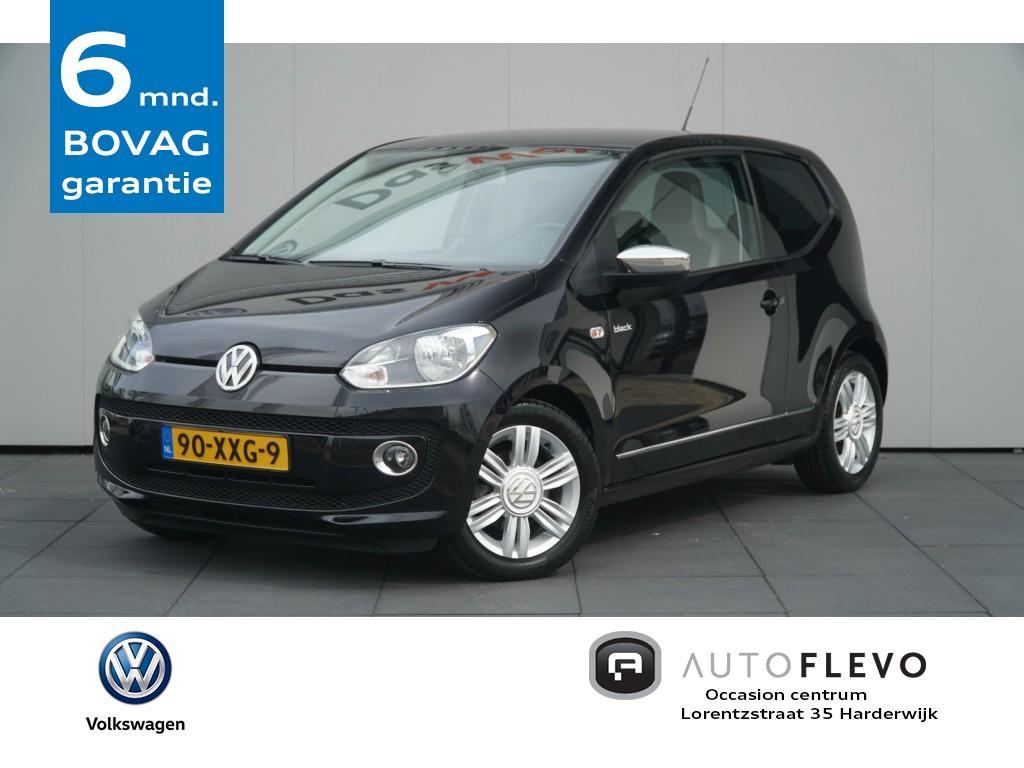 """Volkswagen Up! 1.0 high up! navi/pdc/15""""lmv totaal prijs, geen extra kosten."""
