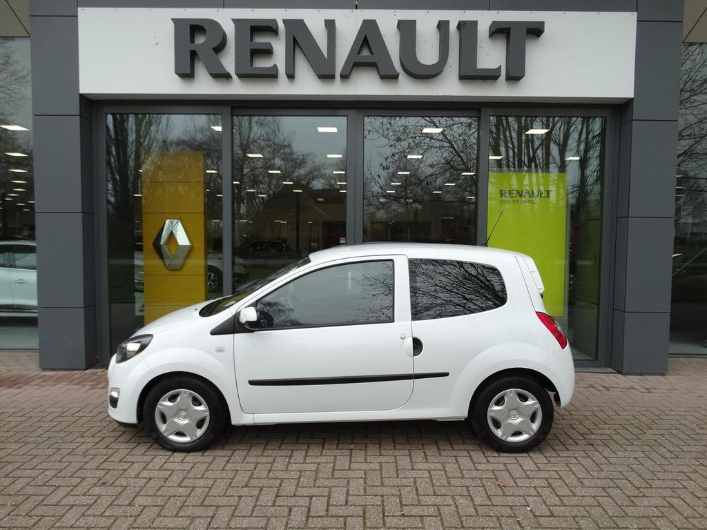 Renault Twingo Ii phase 2 1.2 16v 75 pk collection (met slechts 3885 km)