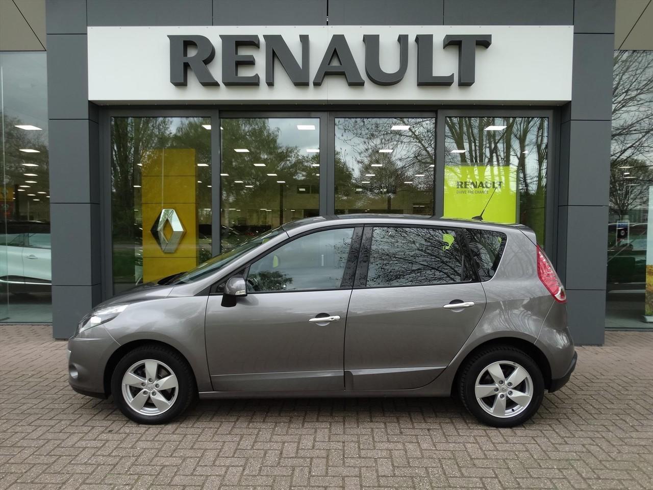 Renault Scénic Iii 1.6 16v 110 pk dynamique