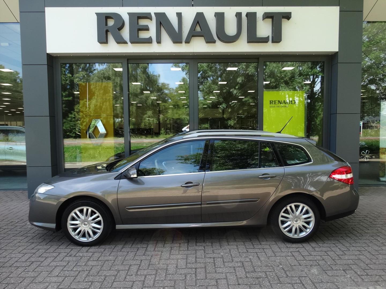 Renault Laguna Estate 2.0 16v turbo 170 pk automaat initiale