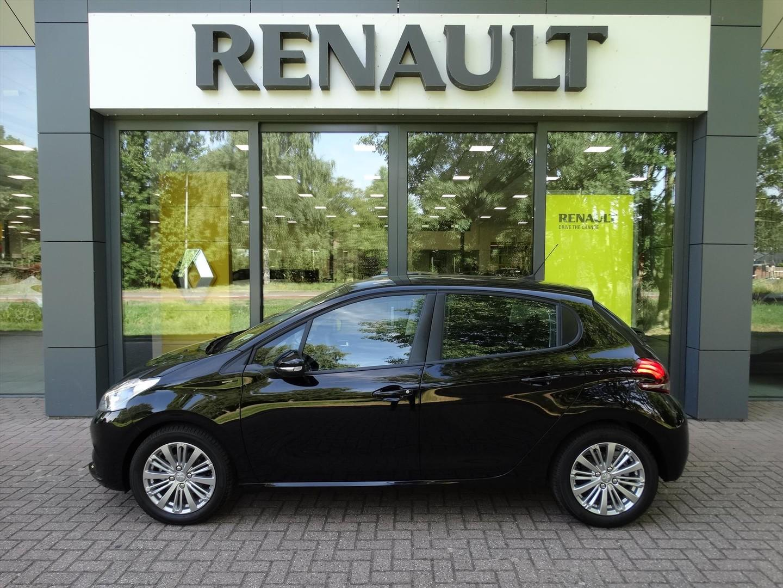 Peugeot 208 1.2 puretech signature 110 pk 5 drs (navigatie) (multimedia)