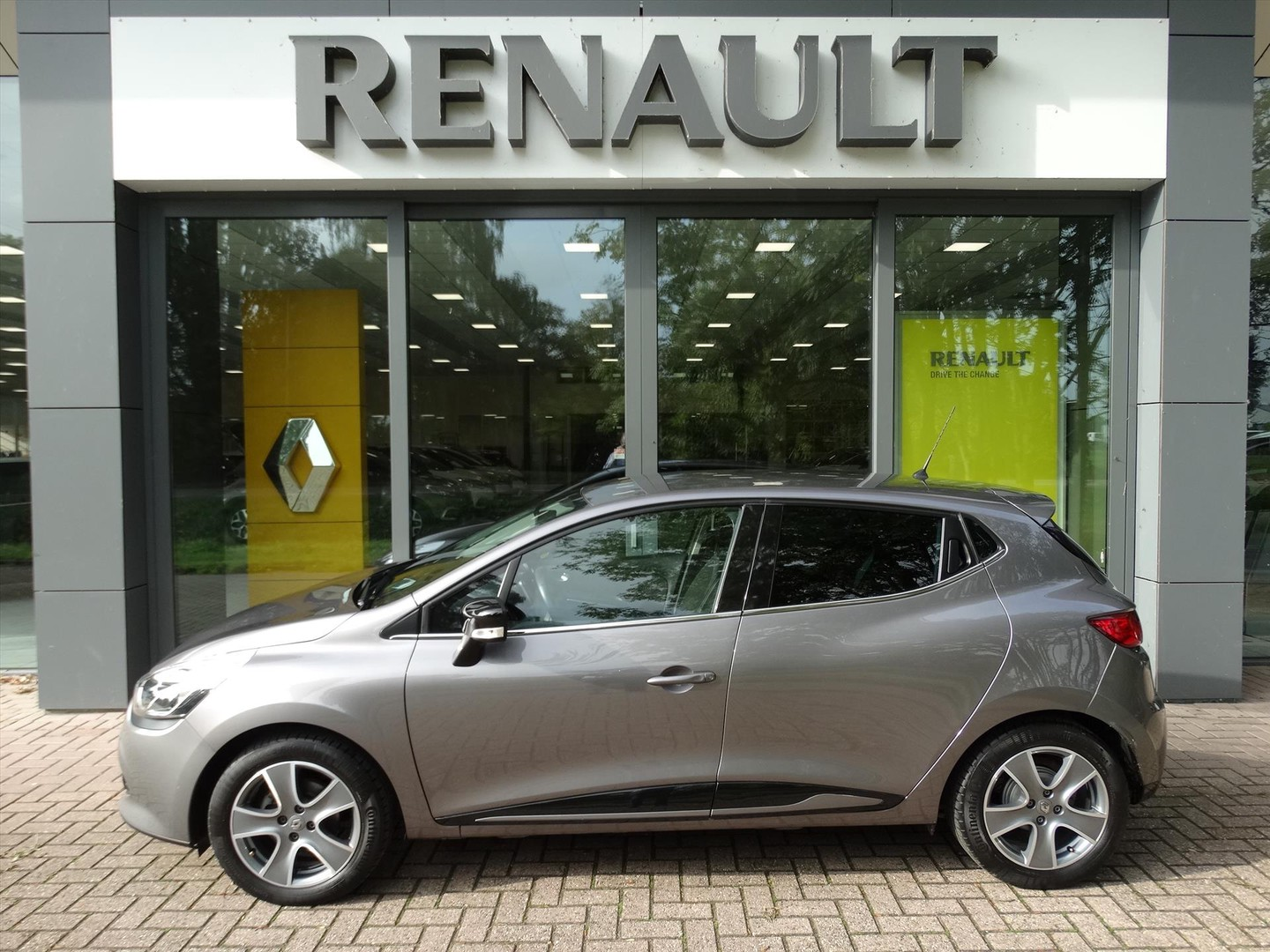 Renault Clio Tce 90 pk night & day