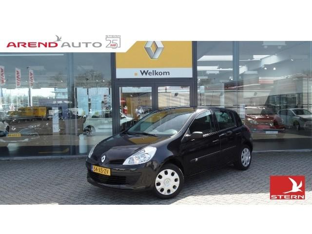 Renault Clio 1.4 16v e4 business line