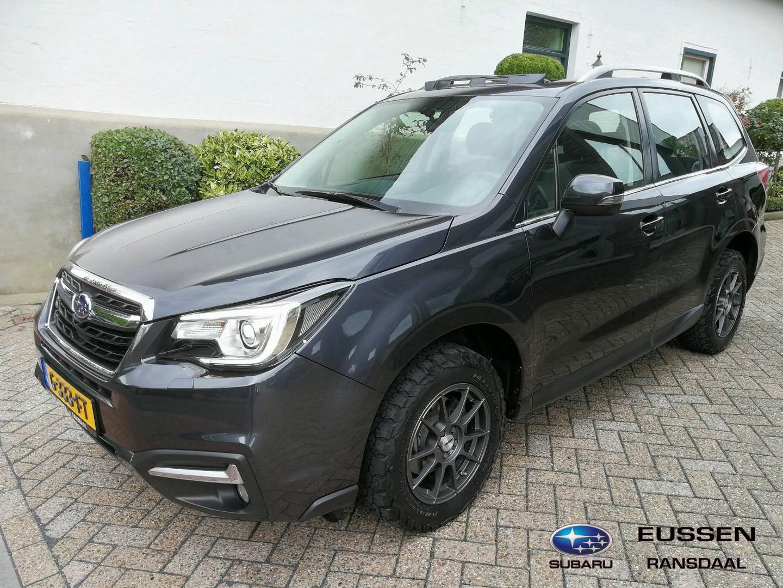 Subaru Forester 2.0 luxery plus panoramadak / xenonverlichting  nieuw model