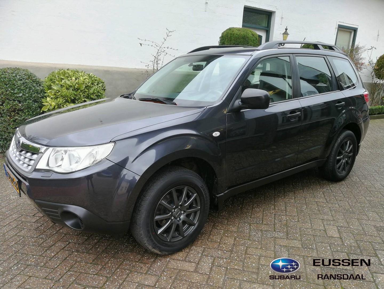 Subaru Forester 2.0 x lichtmetaal velgen / climate controle 2000 kg trekgewicht