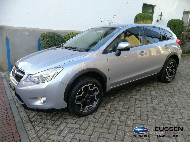 Subaru Xv 2.0i luxury awd leder bekleding