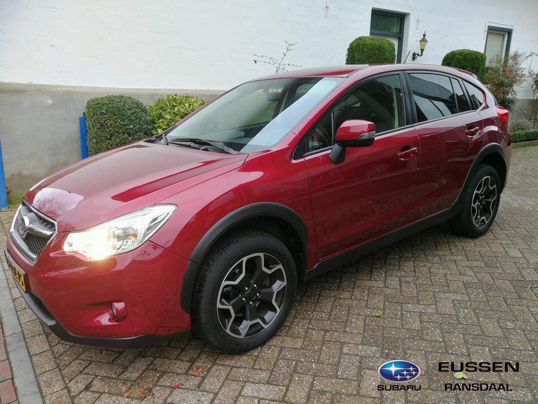 Subaru Xv 2.0i luxury leder / navigatie dec. 2014