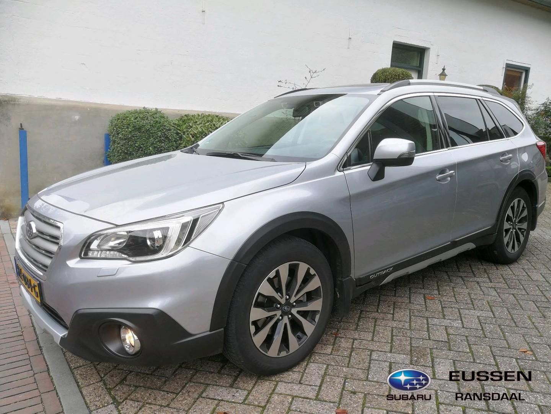 Subaru Outback 2.5i premium body package / trekhaak