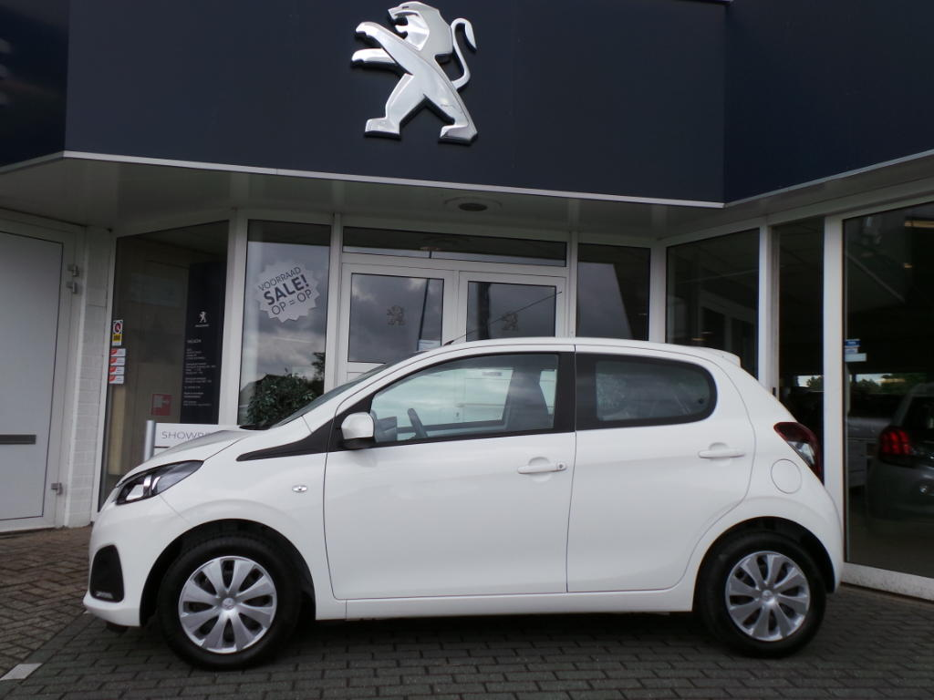 Peugeot 108 1.0 12V E-VTI 68PK 5DR Blue Lion €169,-- private lease per maan
