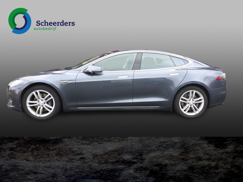 Tesla Model s 85 base 32000 exl btw