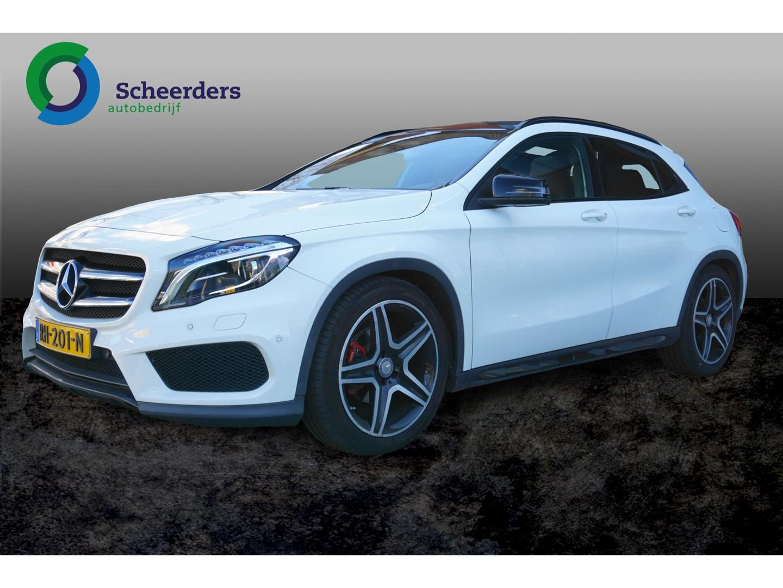 Mercedes-benz Gla-klasse 200 amg line panorama dak