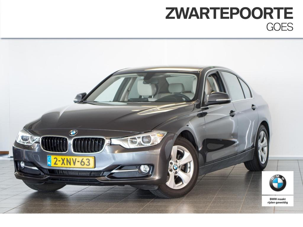 Bmw 3 serie 320d sportline high executive .