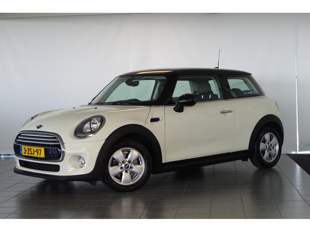 Mini 3-drs 1.5 cooper navi pro / head-up display / climate control .