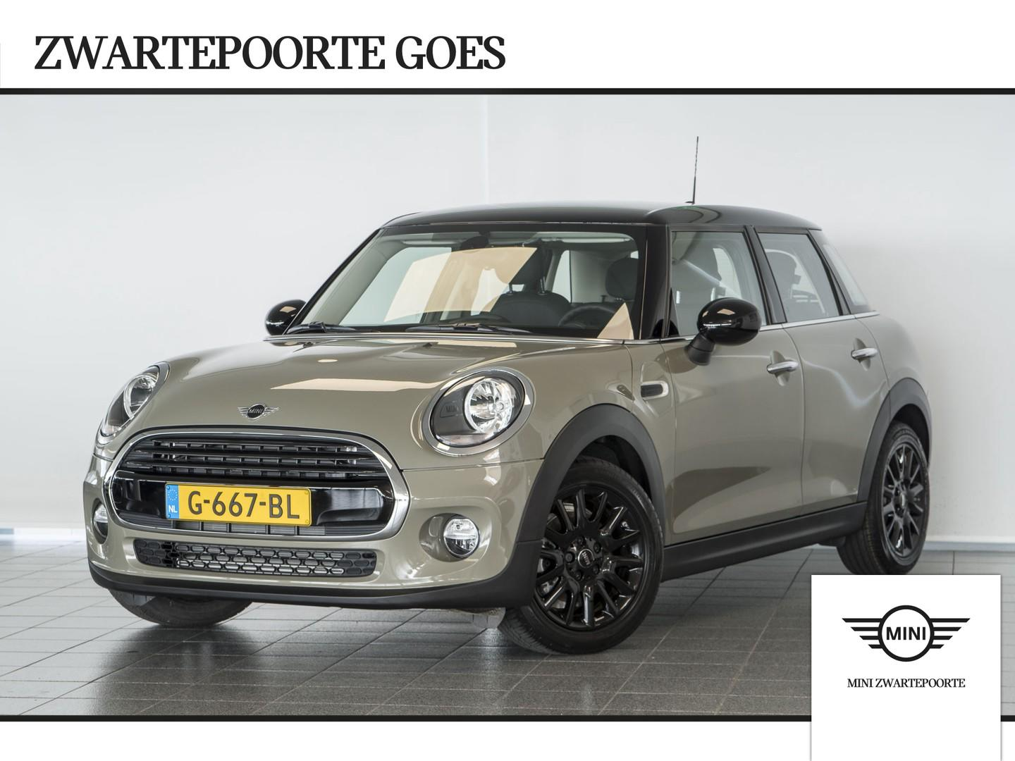 "Mini 5 drs 1.5 cooper pepper 16"" lm - apple carplay - navigatie"