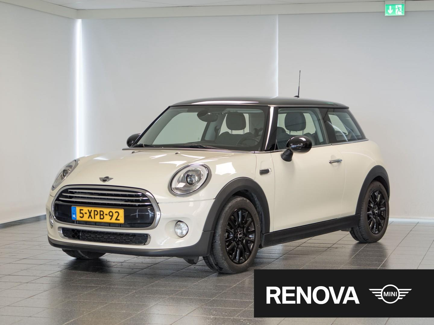 Mini 3-deurs 1.5 cooper first born edition