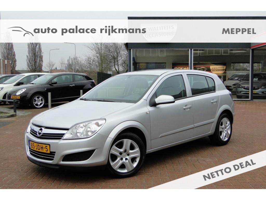 Opel Astra 1.6 (116pk) edition 5-drs. navi/airco/trekhaak