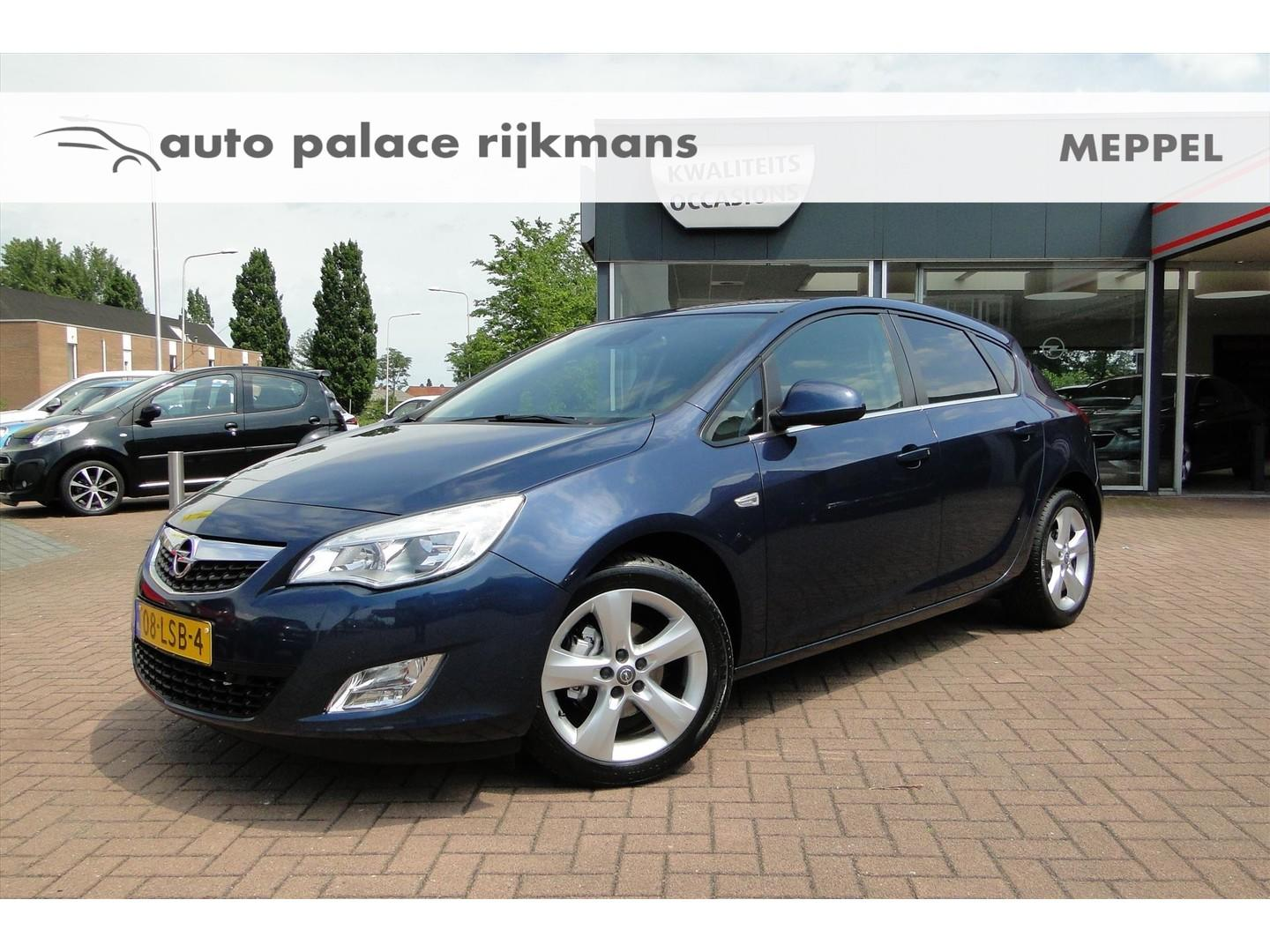 """Opel Astra 1.6 85kw 5-d edition navi/pdc/17"""""""