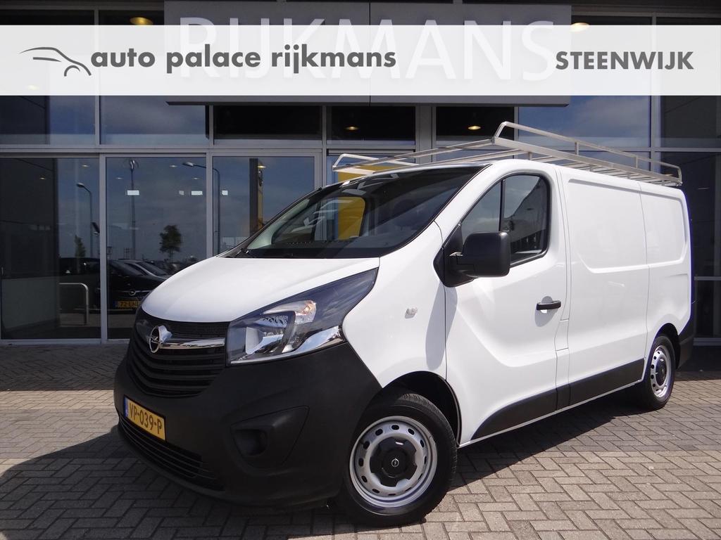 Opel Vivaro Edition 1.6cdti 90 pk - airco - navi - trekhaak - betimmering