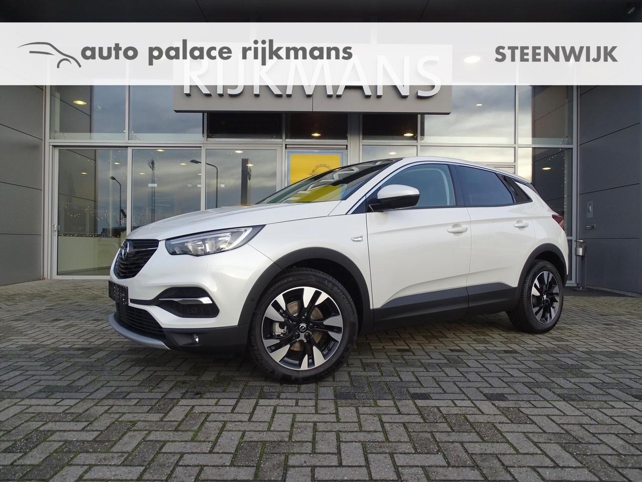 "Opel Grandland x Innovation 1.2t 130 pk - pearl white - panodak - 18"" lmv - navi"