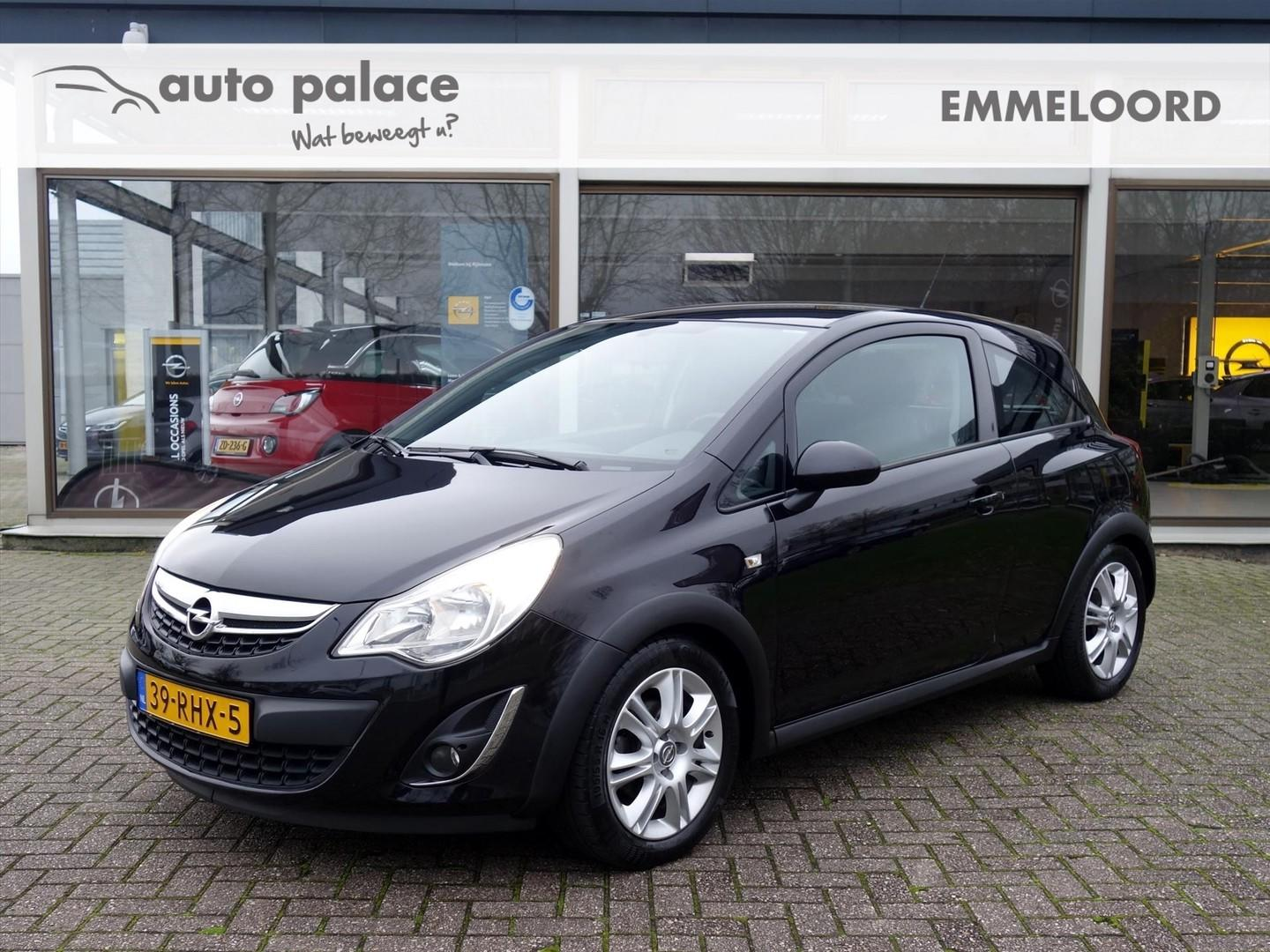 Opel Corsa 1.2-16v 3drs edition opc-line pack airconditioning cruisecontrol lm-velgen