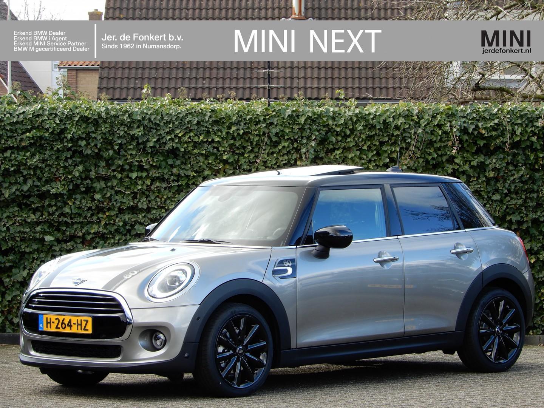 Mini 5-deurs Cooper 60 years edition