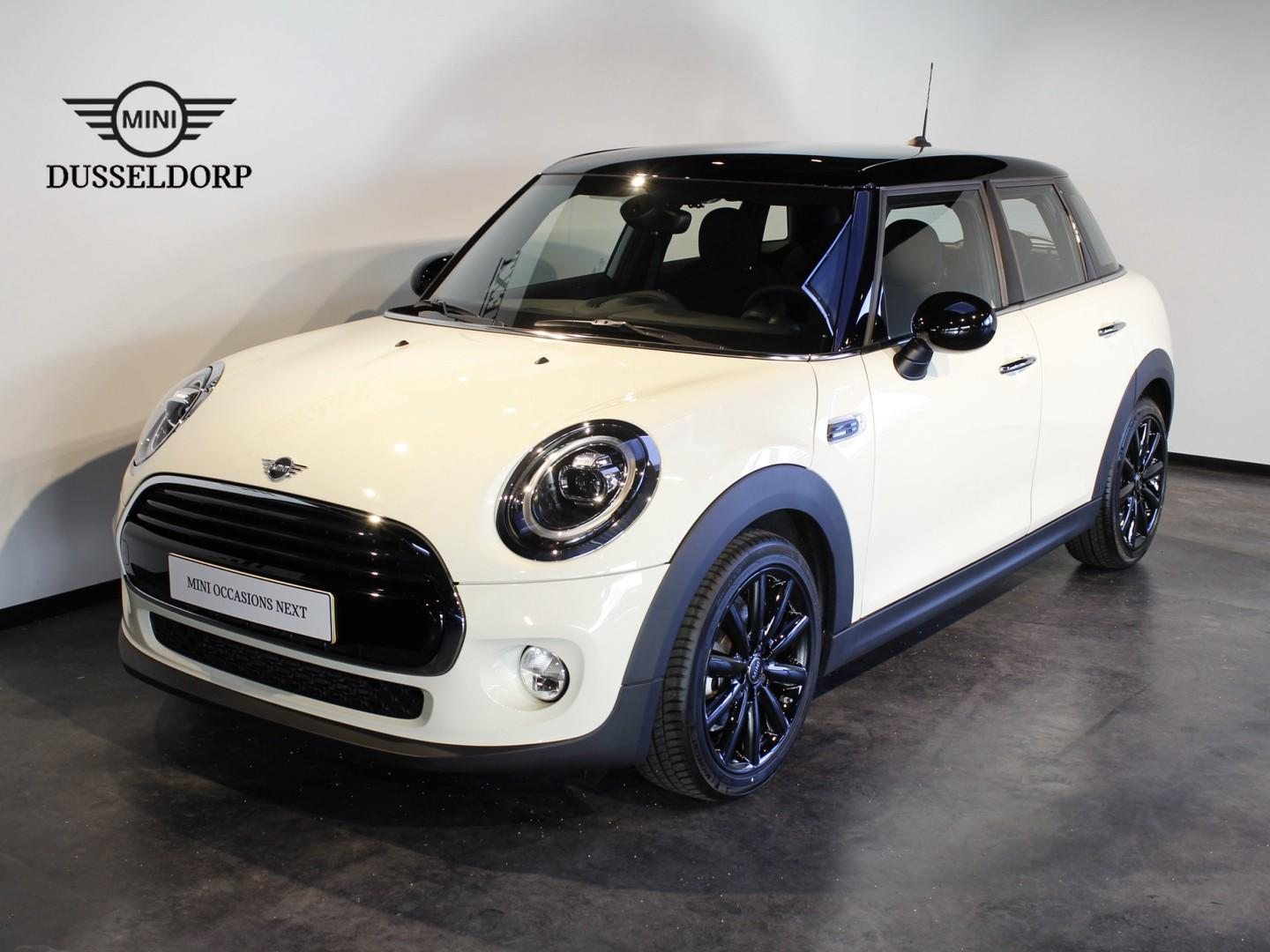 Mini 5-deurs Cooper chili business plus