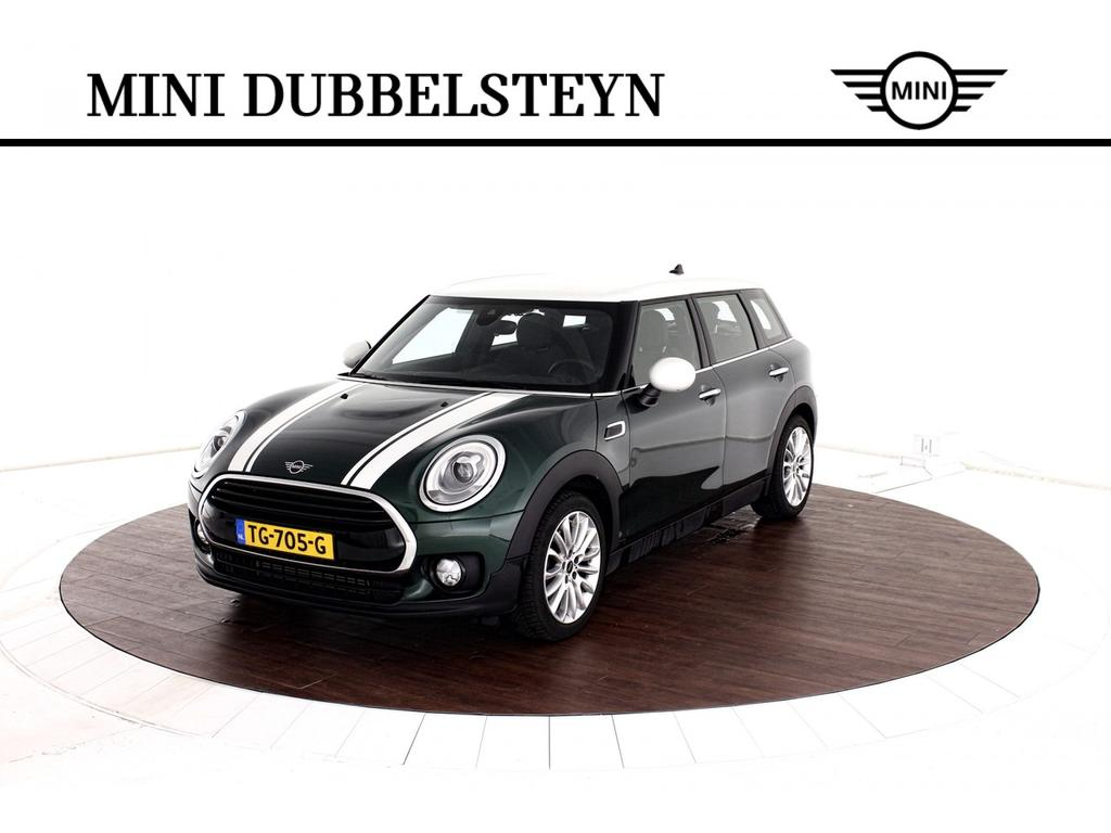 Mini Clubman Cooper serious business automaat