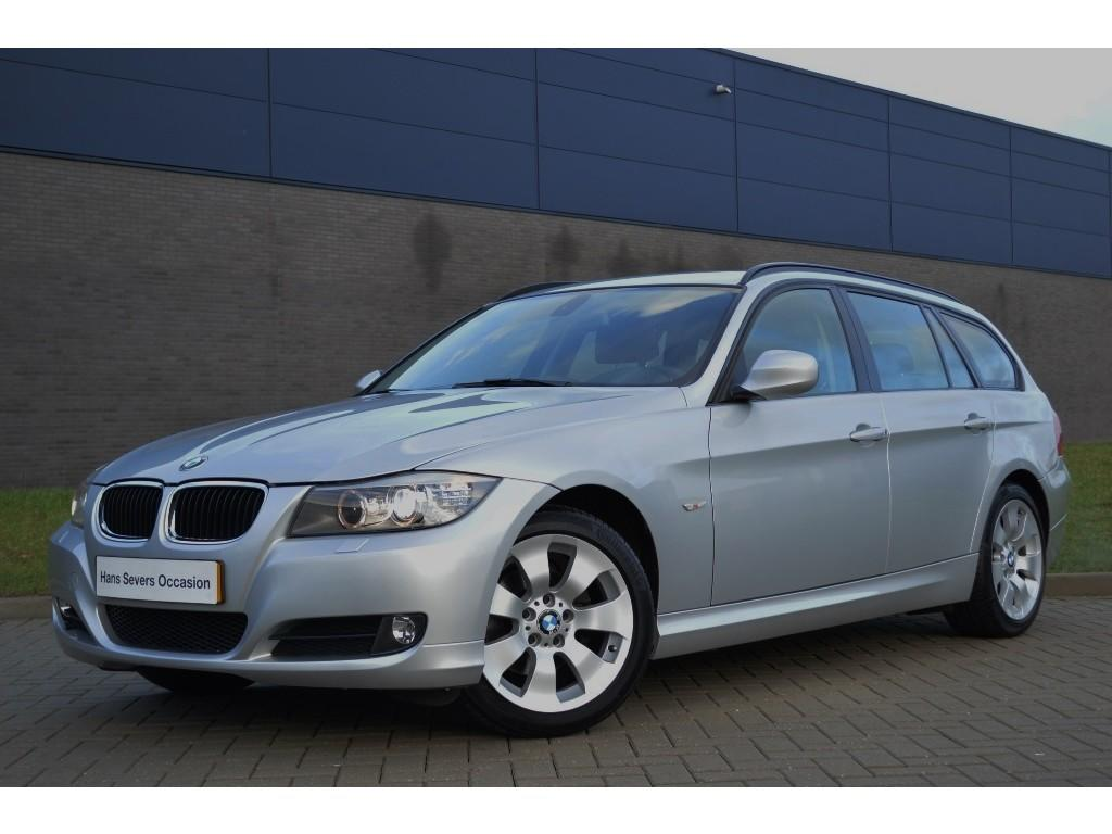 Bmw 3-serie touring 318i corporate lease luxury line aut.
