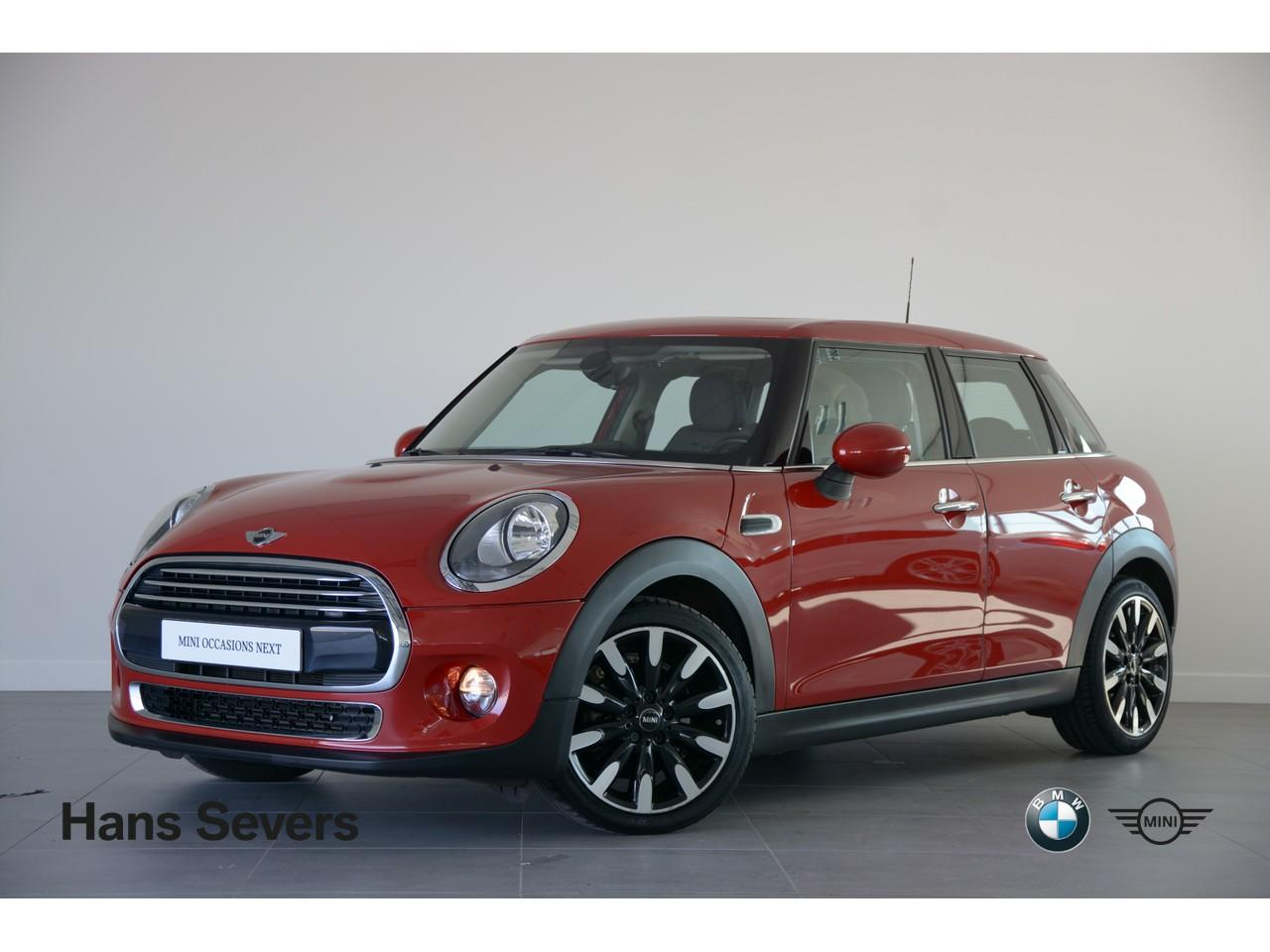 Mini 5-deurs 1.5 cooper wired
