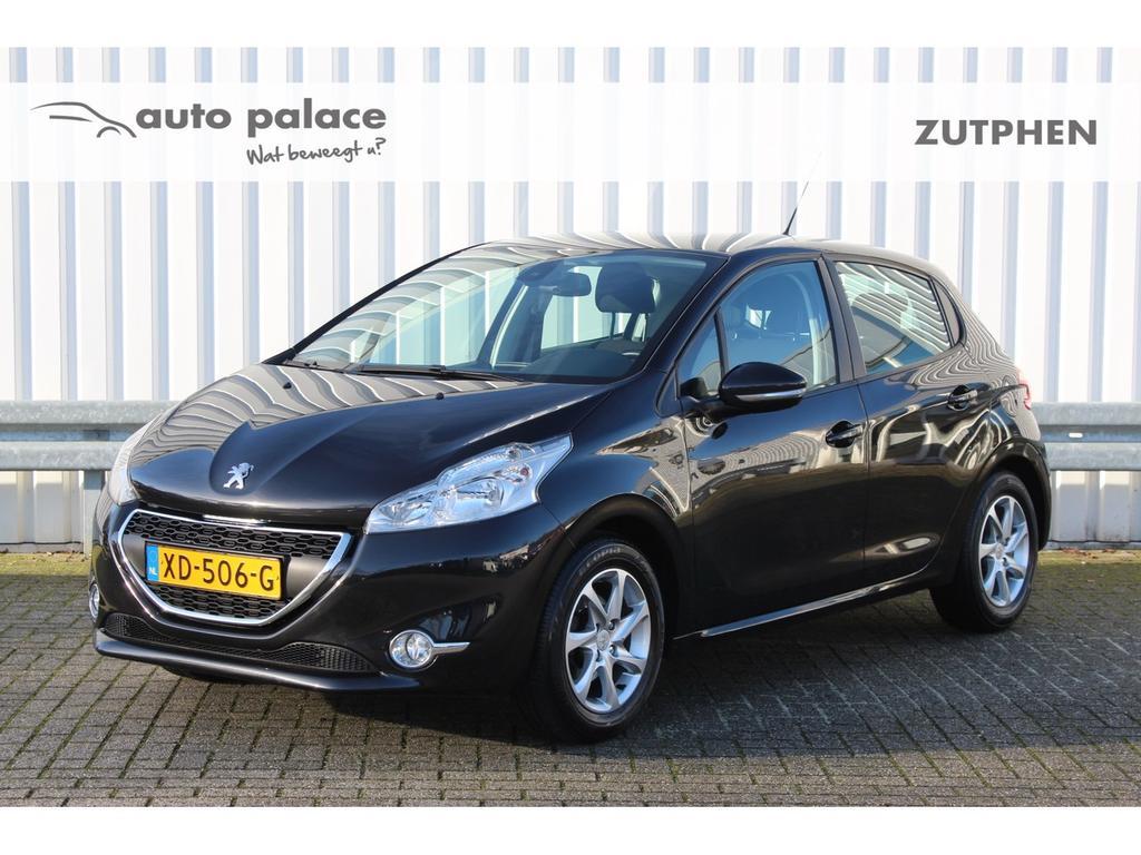 Peugeot 208 1.2 82pk 5drs active airco, lm velgen!