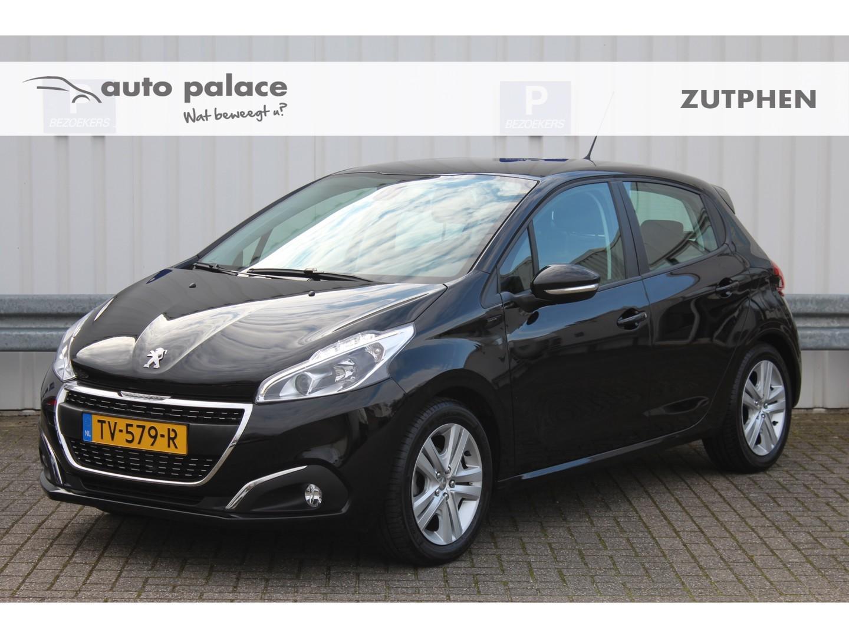 Peugeot 208 1.2 82pk signature navi