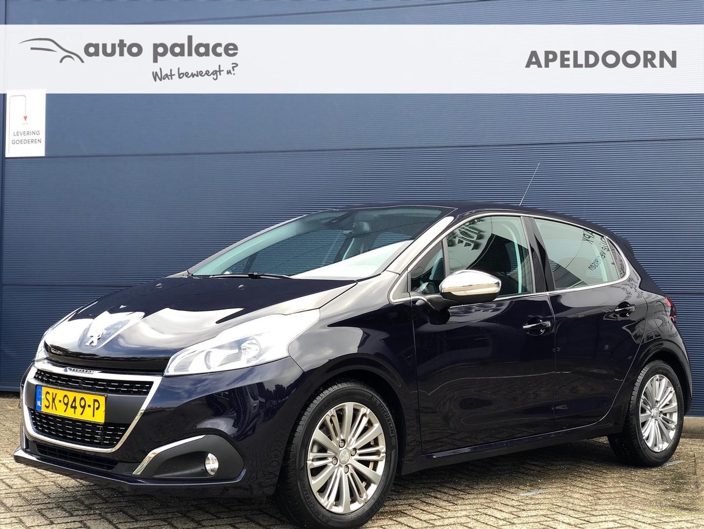 Peugeot 208 1.2 82pk 5d allure navi, clima, trekhaakactie!