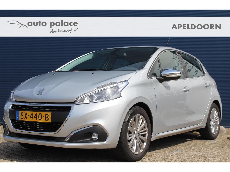 Peugeot 208 1.2 puretech 82pk 5d executive navi / clima trekhaakactie!