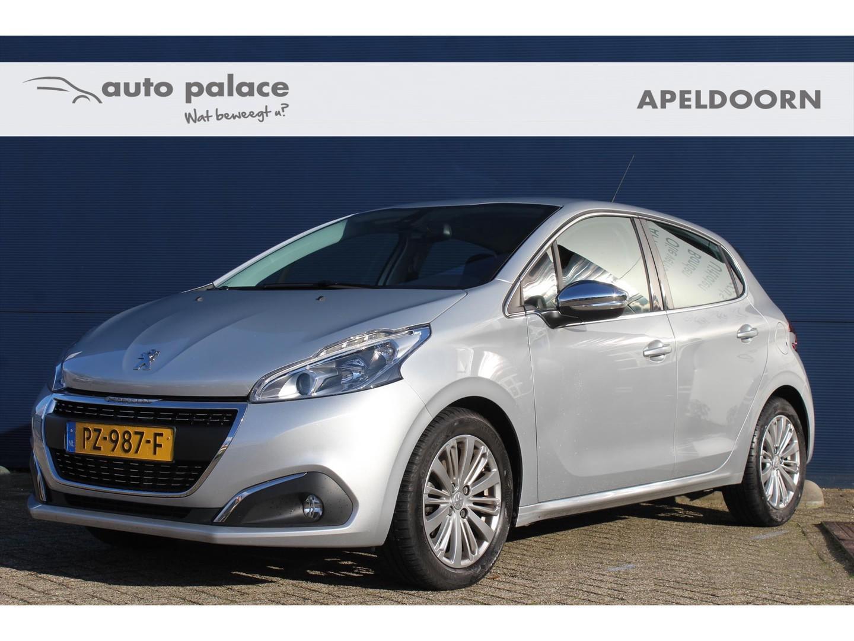 Peugeot 208 1.2 puretech 82pk 5d allure l navi l clima l trekhaakactie!!
