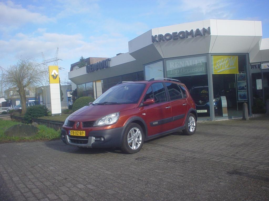 Renault Scénic 2.0 16v 99kw tech line